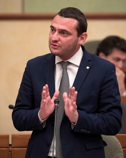 """Scuola, Magliano (Moderati): """"Nessuno tocchi i fondi regionali"""""""