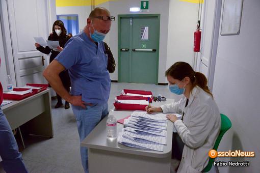 Vaccini, domani al via in Piemonte la campagna per la terza dose