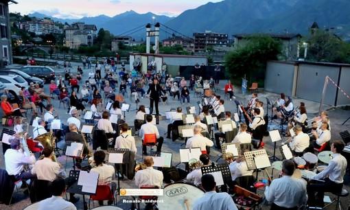Filarmonica in concerto sulle rive dell'Ovesca