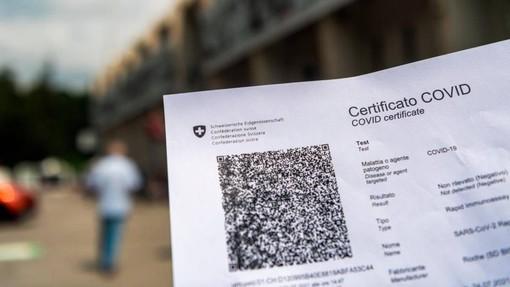 Nuove regole per l'entrata in Svizzera e per rilascio Green Pass a chi è vaccinato all'estero