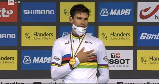 Straordinario Pippo Ganna, è di nuovo Campione del mondo