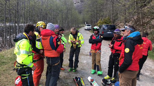 Macugnaga, escursionista ferito nella zona dell'Alpe Fillar. Difficili le operazioni di soccorso