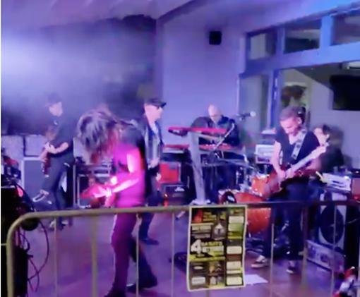Il 18 settembre concerto con i 'Revolution' all'Urban Italian Pub