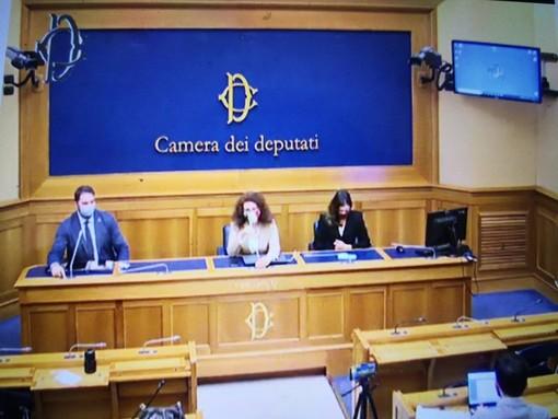 Gli esponenti di FdI Maurizio Marrone, Maria Teresa Bellucci ed Augusta Montaruli
