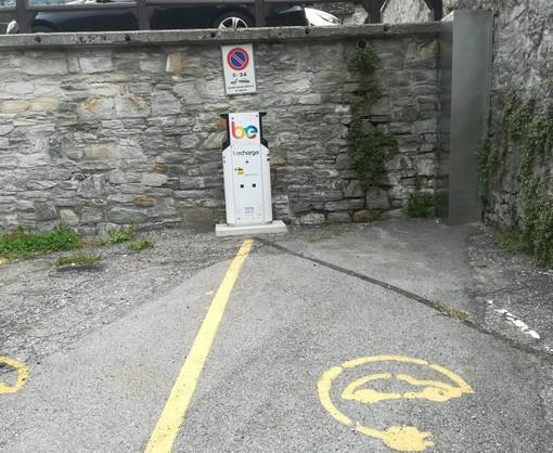 Vanzone, installata una colonnina per auto elettriche