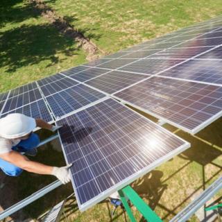 Giornata mondiale della Terra, cresce l'interesse per il fotovoltaico installato al suolo