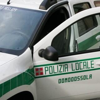 La Polizia Locale domese denuncia una donna per intestazione fittizia di veicoli