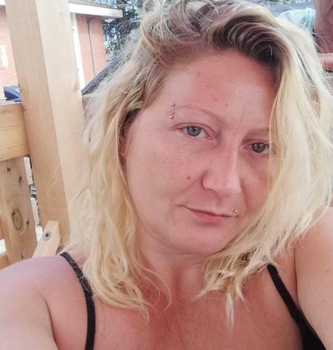 Accoltellata dal compagno ubriaco a Vigevano: era Marylin Pera, di Crescentino
