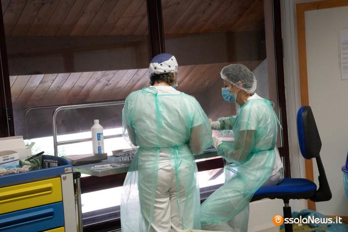 Oltre 20mila vaccini somministrati sabato, in 1247 hanno ricevuto la terza dose
